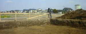 掘削がほぼ完了。 業界では根切りというらしい。